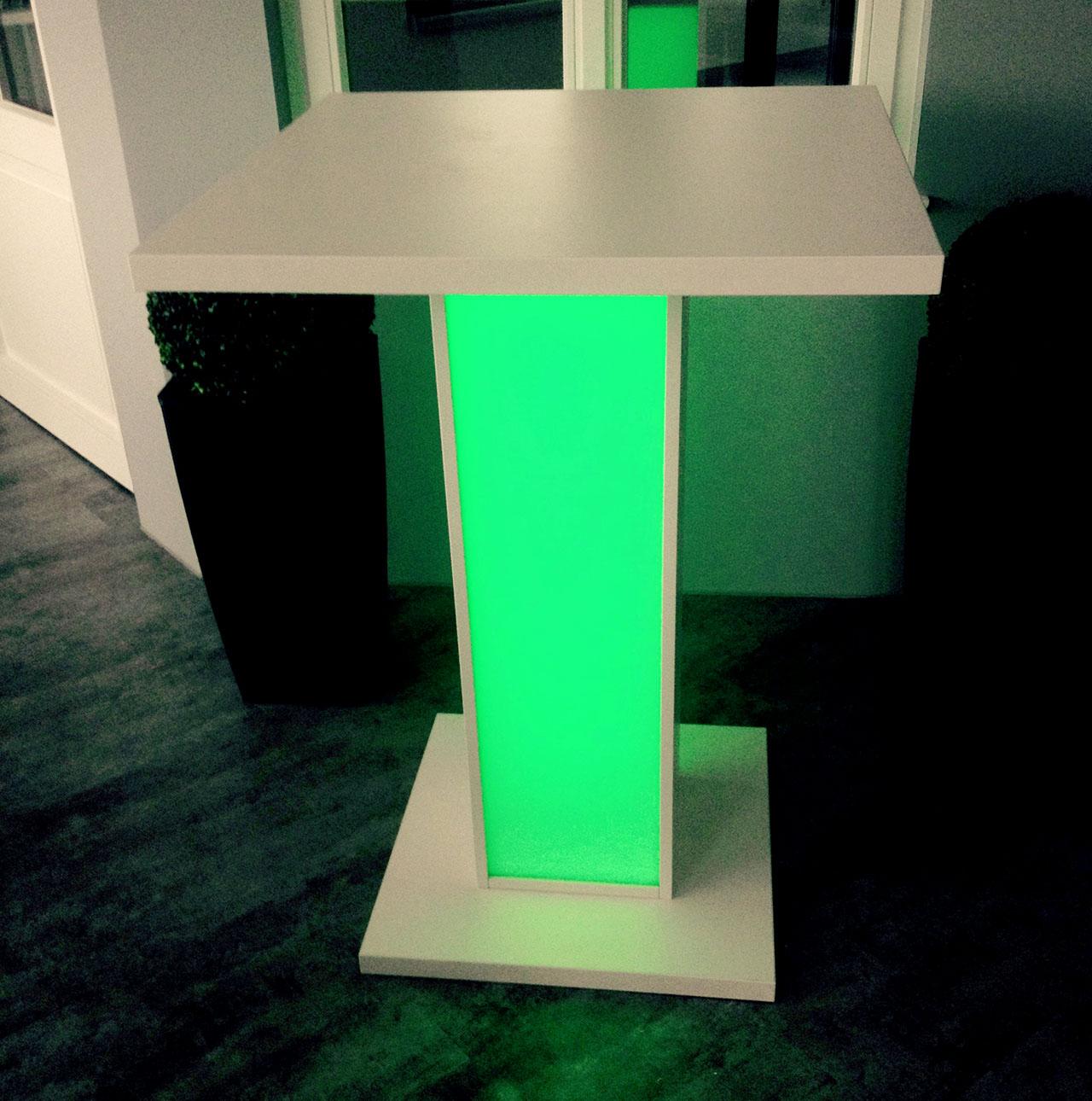 stehtisch mit led in verschiedenen farben loungem bel eventm bel. Black Bedroom Furniture Sets. Home Design Ideas