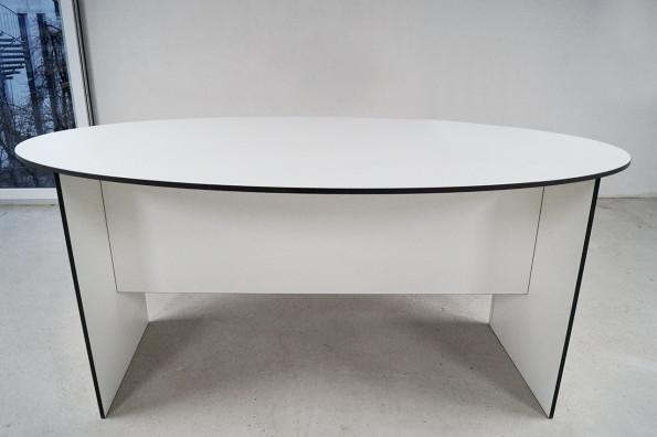 dinnertisch-runde-ovale-tischplatte
