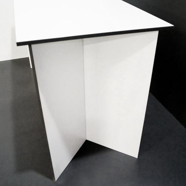dinnertisch-v-line-1