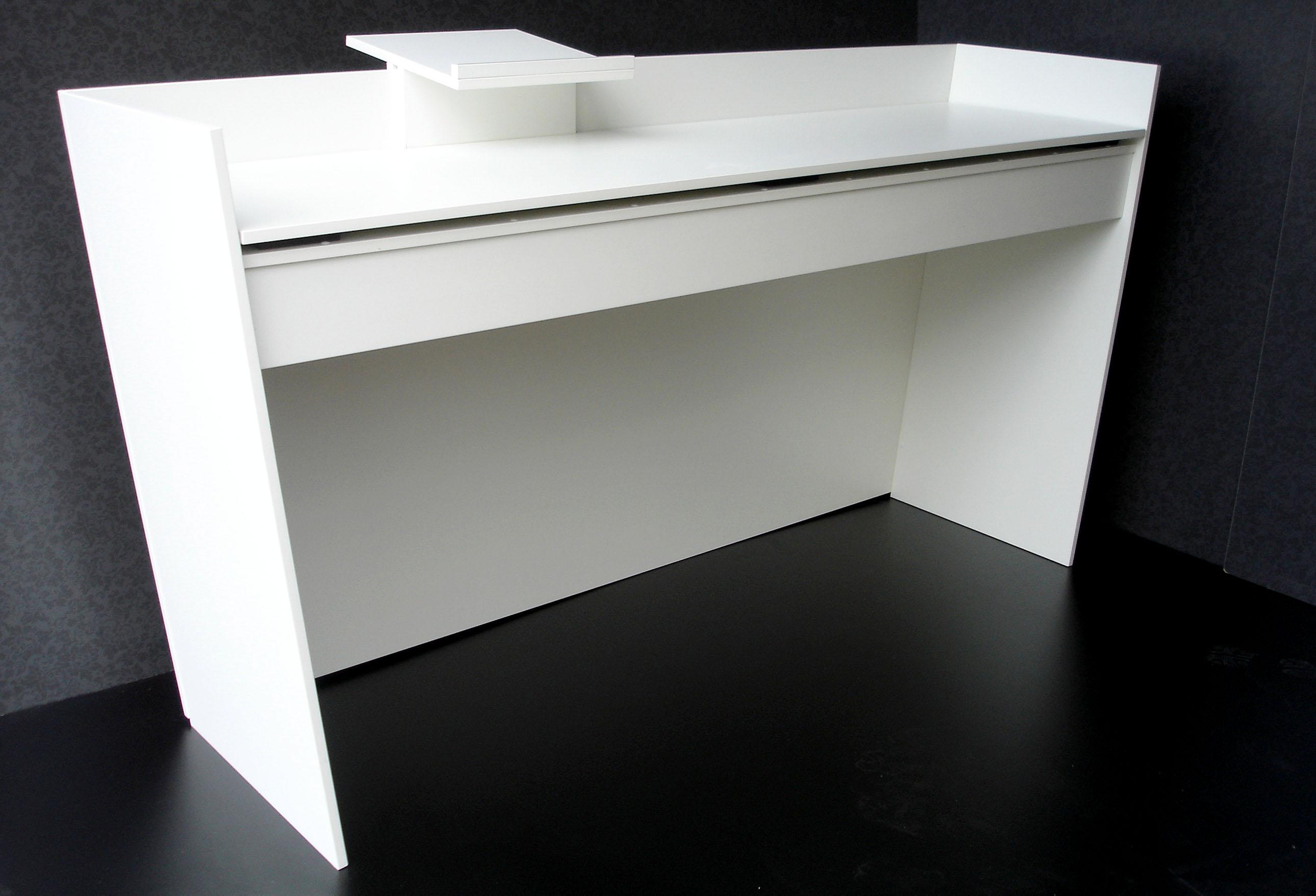 messecounter dj pult loungem bel. Black Bedroom Furniture Sets. Home Design Ideas