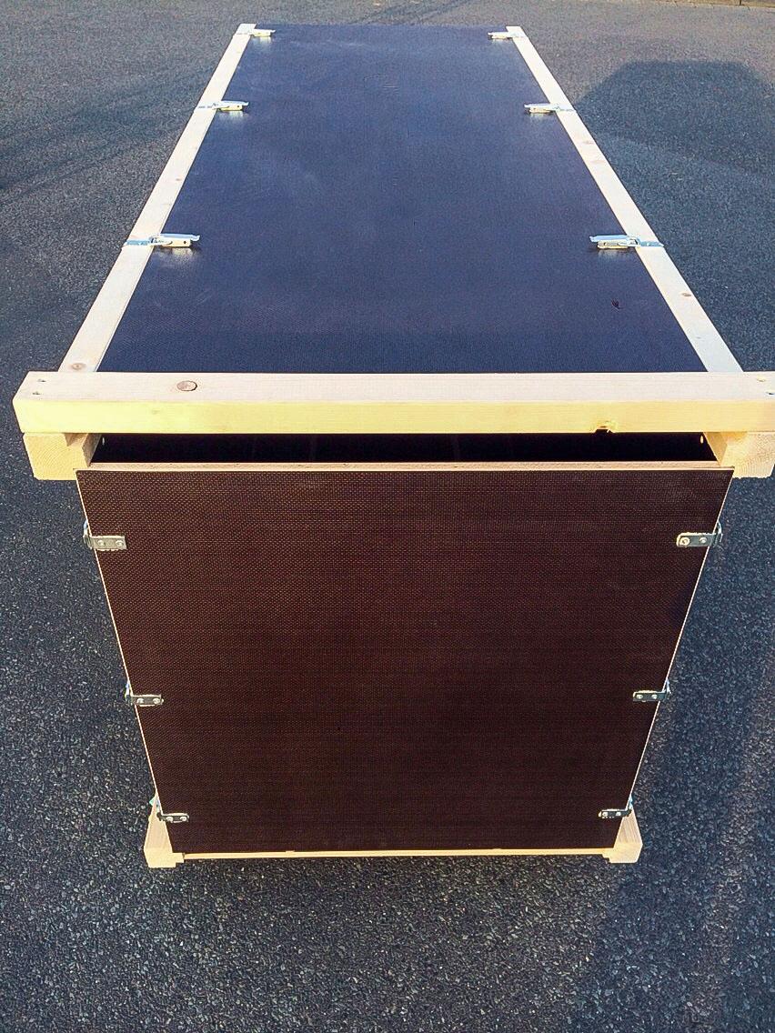 transportbox kiste flightcase auf rollen eventmoebel. Black Bedroom Furniture Sets. Home Design Ideas